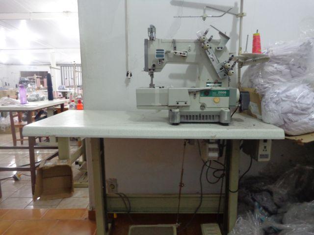 Máquina picueta base plana Siruba22